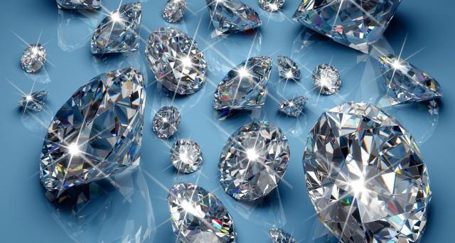 کشف یک الماس 327 قیراطی در آفریقا