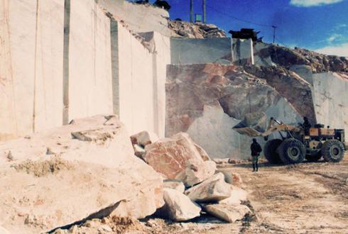 مرمریت چهارمحال و بختیاری به چین، گرجستان و عراق صادر می شود/ راه اندازی کارخانه فرآوری تا پایان سال