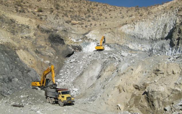 29 معدن فعال در استان ایلام وجود دارد/ اشتغال حدود 700 نفری معدن و صنایع معدنی برای استان
