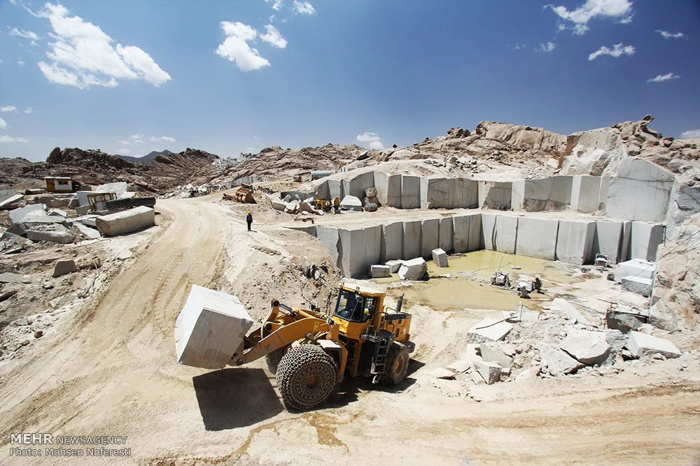 احتمال تخصیص ارز توافقی به صادرکنندگان خرد سنگ/ سردرگمی صادرکنندگان سنگ برای بازگرداندن ارز به کشور