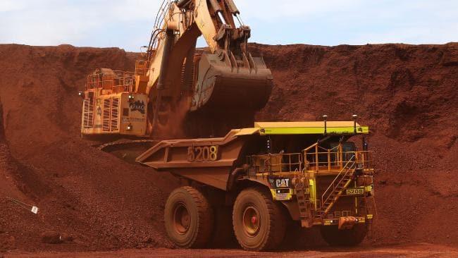 کاهش تولید و قیمت در انتظار سنگ آهن