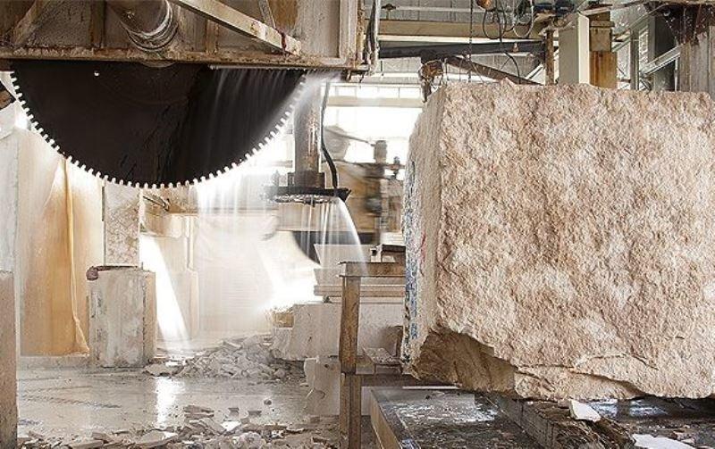 نرخ سود تسهیلات به صنعت سنگ حداقل 8 درصد است/ پرداخت 77 میلیارد تومان تسهیلات به صنعت سنگ در طول سال گذشته