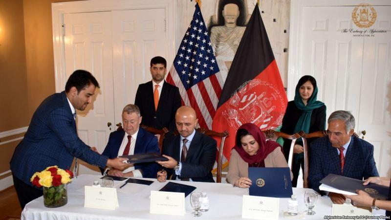 سرمایه گذاری 58 میلیارد دلاری انگلیس و آمریکا در دو معدن طلا و مس افغانستان/ دیدبان شفافیت افغانستان: قرار داد استخراج معادن طلا و مس خلاف قانون معادن افغانستان است