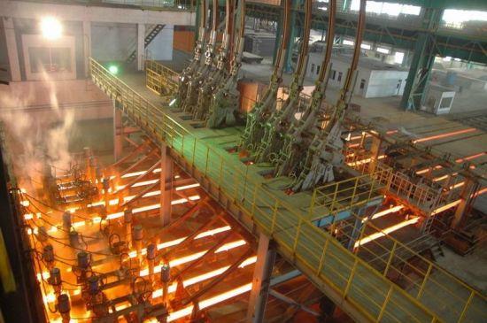 فولادسازان بزرگ در نیمه اول سال به تولید 9.4 میلیون تن شمش رسیدند/ رشد 8 درصدی تولید محصولات فولادی