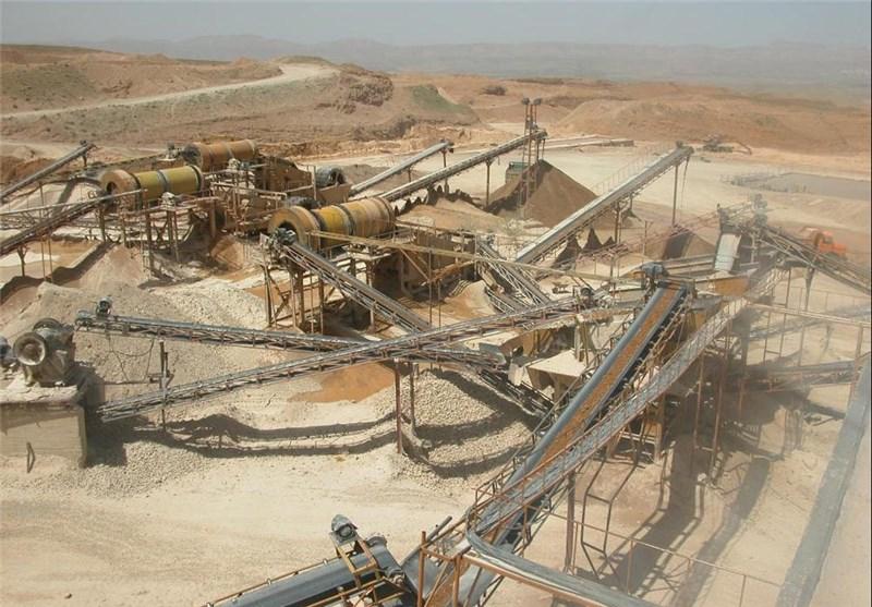 تعطیلی 20 معدن شن و ماسه در قم به دلیل مسائل اقتصادی/ معدنکاران برای جبران هزینه تولید و افزایش قیمت، تولید را کاهش دادند