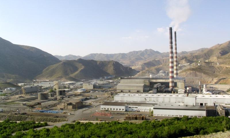 راه اندازی کارخانه تبدیل گاز دی اکسید گوگرد به اسید سولفوریک مس سرچشمه با سرمایه گذاری 100 میلیون یورو تا پایان سال/ دودکش های مجتمع مس سرچشمه به طور کامل خاموش خواهد شد