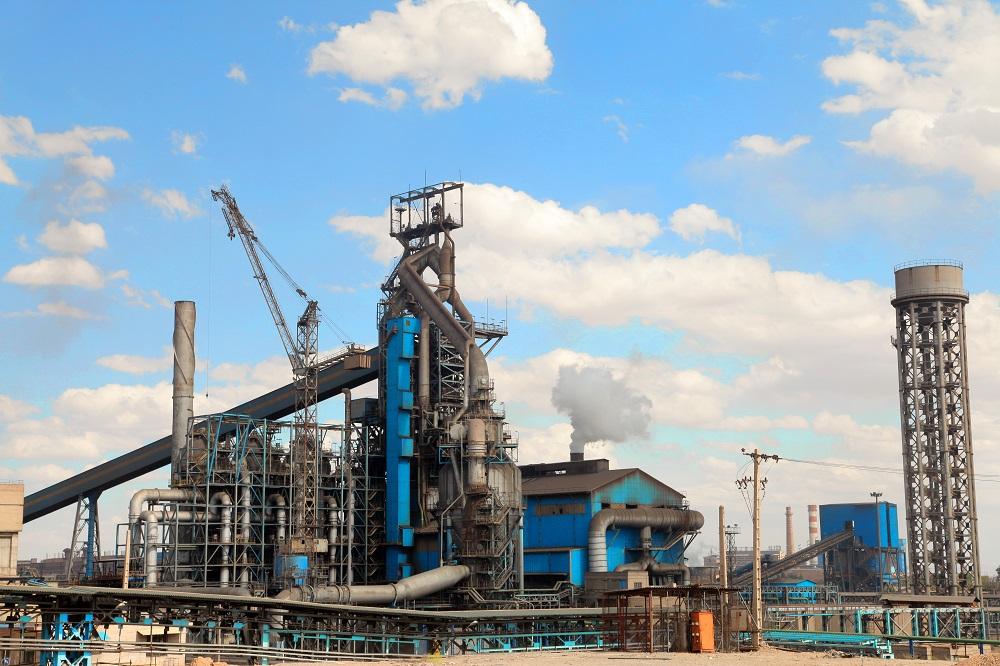 ثبت رکورد روزانه تولید حدود 9 هزار تن چدن در ذوب آهن اصفهان