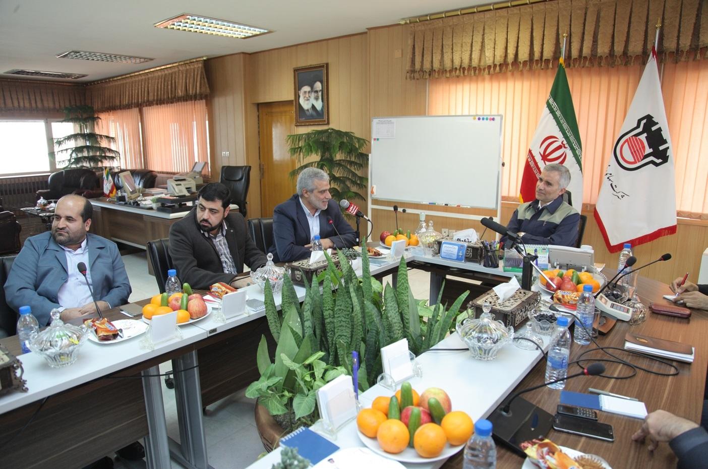 ذوب آهن اصفهان پایه گذار فعالیتهای مدرن معدنی کشور/ علی رغم هزینه 11 میلیارد تومانی برای حفظ فضای سبز، ذوب آهن دارای بیش از 16 هزار هکتار فضای سبز است/ میزان مصرف آب ذوب آهن کمتر از استاندارد جهانی و حدود 6 لیتر به ازاء هر کیلوگرم می باشد