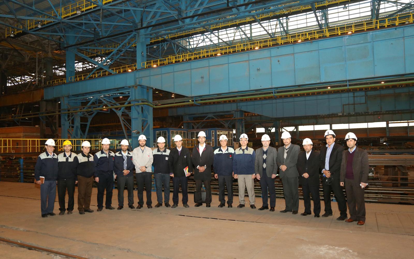 بازدید معاون آموزش، پژوهش و فناوری وزارت صمت از ذوب آهن/ قبادیان؛ ذوب آهن با اجرای پروژه های شاخص در صنعت و اقتصاد کشور می درخشد/ یزدی زاده؛ فولاد تولید شده در ذوب آهن 400 تومان بالاتر از سایر فولادسازان است