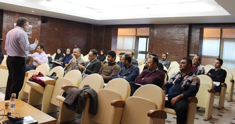 برگزاری گارگاه آموزشی مدیریت پسماند در صنایع معدنی