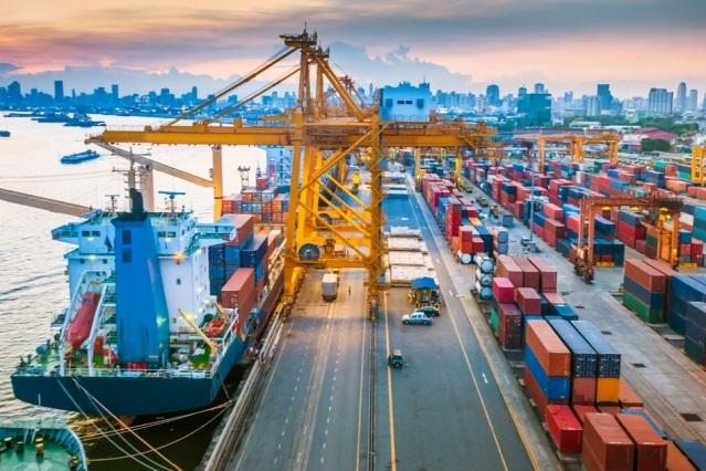 علیرغم تحریم های آمریکا علیه ایران، واردات فولاد هند از ایران ادامه دارد/ مسیر واردات فولاد ایران به هند از طریق بندر دبی و در قالب اعتیار یورو و درهم صورت می گیرد