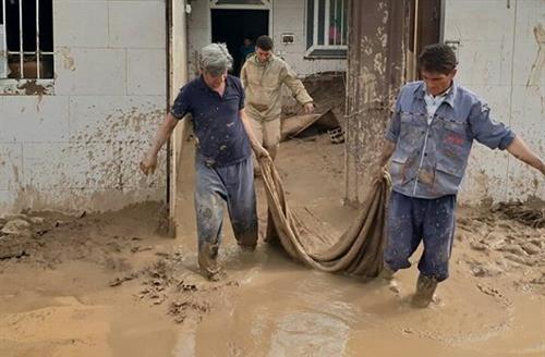 کمک 12 میلیارد تومانی چادرملو به سیل زدگان