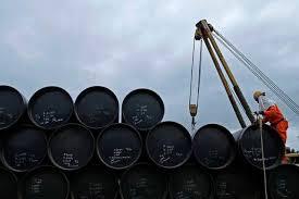 کاهش 10 سنتی بهای نفت در بازارهای جهانی