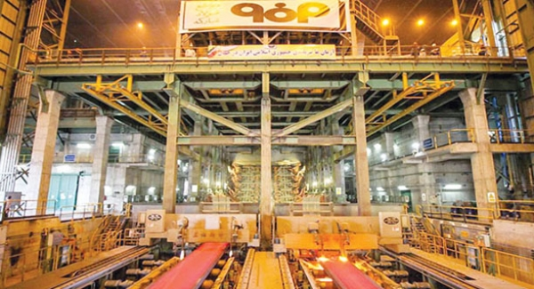 فولادمبارکه تبلور رونق تولید و اقتصاد مقاومتی است