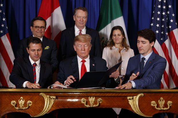 موافقت ترامپ با حذف تعرفه واردات فولاد و آلومینیوم مکزیک و کانادا