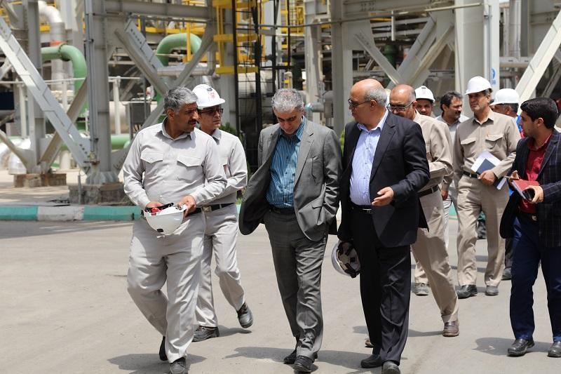 کارخانه اسید سولفوریک خاتون تا پایان سال به بهرهبرداری میرسد/ صنعت سرخ در مسیر سبز/ زمینه صادرات اسید در حال آماده سازی است