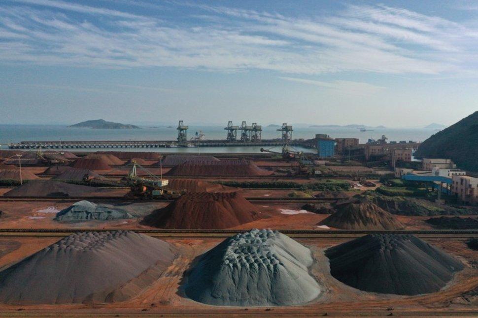 رشد واردات سنگ آهن چین/ حجم واردات در سپتامبر به بالاترین سطح در 20 سال اخیر رسید/ چین در 9 ماه 784 میلیون تن سنگ آهن وارد کرد