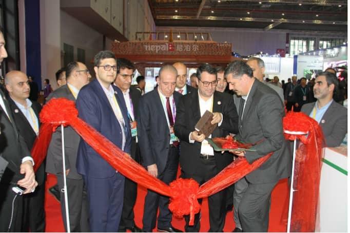 پاویون جمهوری اسلامی ایران در دومین روز از نمایشگاه بین المللی واردات چین با حضور وزیر صمت گشایش یافت