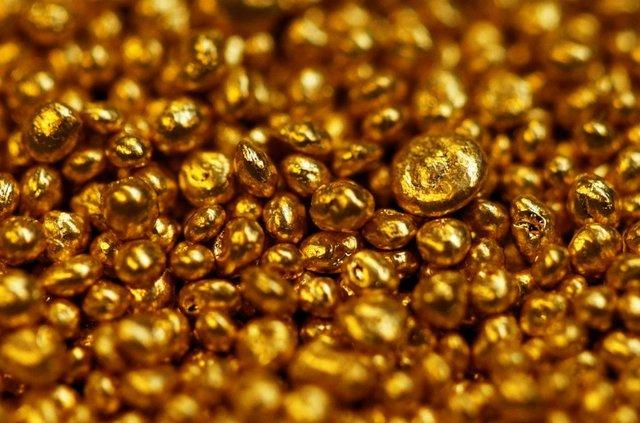 طلا در آخرین روز هفته گذشته کاهشی بود