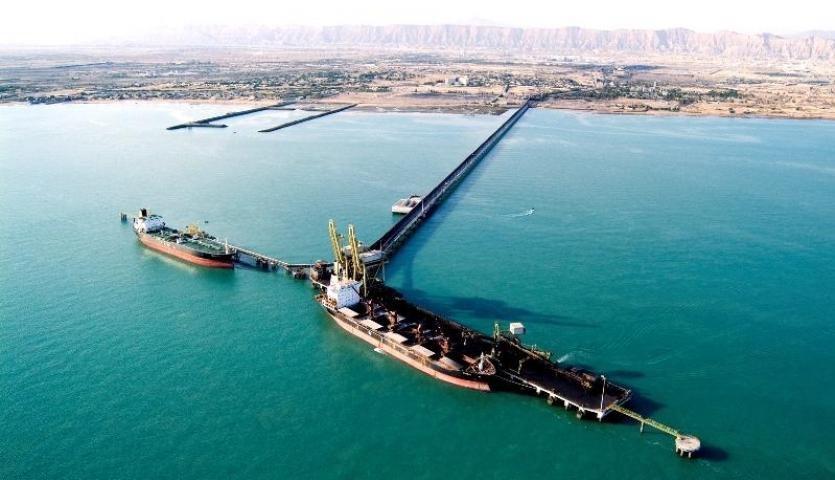 مجموع تخلیه و بارگیری منطقه ویژه خلیج فارس به 7.8 میلیون تن افزایش یافت/ ایجاد ظرفیت تخلیه 400 واگن مواد معدنی به صورت روزانه در منطقه ویژه اقتصادی صنایع معدنی و فلزی خلیج فارس