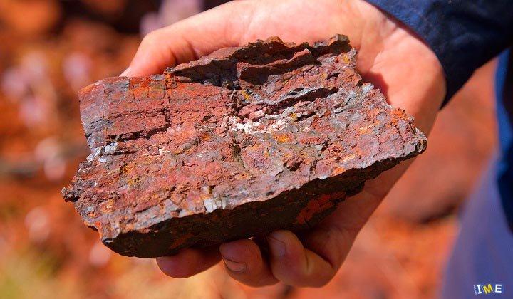 روند قیمت سنگ آهن معکوس شد