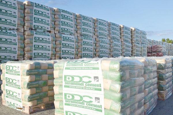 چشم انداز روشن صنعت سیمان ایران در سال 99/ افزایش نرخ ارز نیمایی شانس دیگر سیمانی ها در سال جدید است