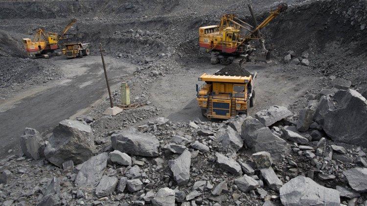 نظرسنجی پلتس در مورد پیش بینی بازار سنگ آهن؛ بهای سنگ آهن سه ماهه دوم سال حمایت خواهد شد