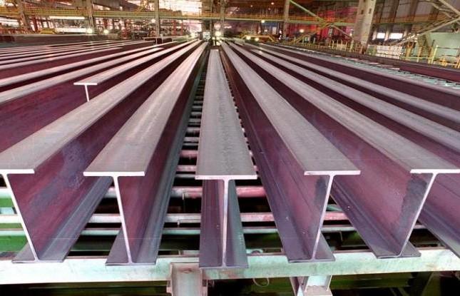 پذیرش تیرآهن یک شرکت در بازار اصلی بورس کالای ایران